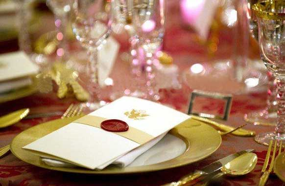 weddind-stationary-enhanced-with-a-wax-seal